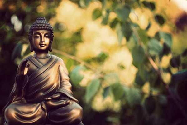 Ý nghĩa câu [người không vì mình, trời tru đất diệt] trong kinh Phật