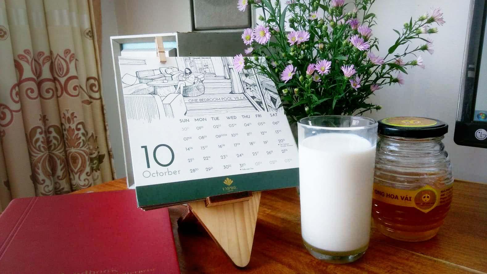 Uống Sữa Tươi Với Mật Ong Có Tác Dụng Gì ?