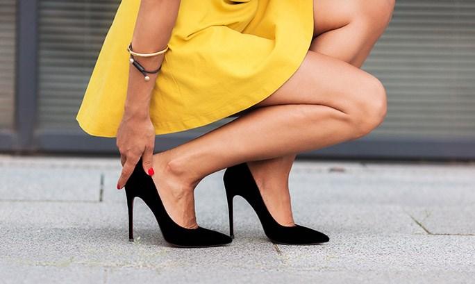 5 lý do phái đẹp nên hạn chế mang giày cao gót